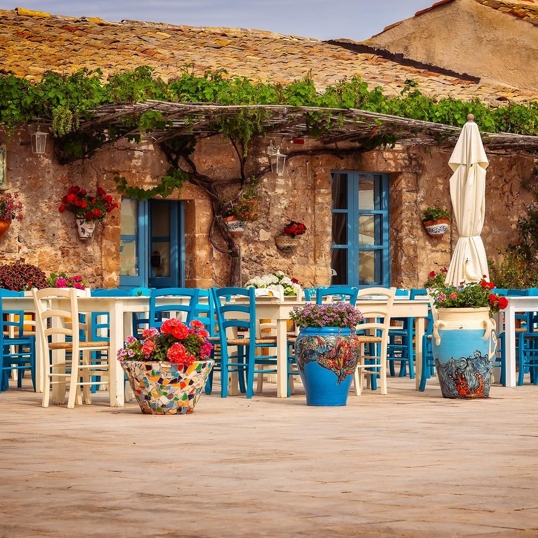 Sicílske mestečko ponúka na predaj domy za 1 euro a zaplatí vám za ich renováciu