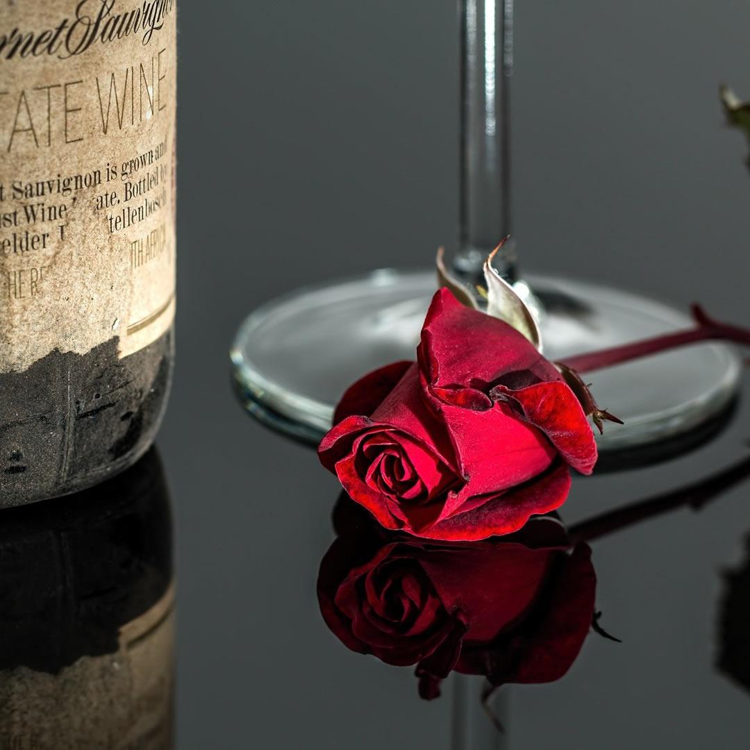Doprajte si za pohár kvalitného vína. Dnes je totiž Sviatok sv. Urbana. Čo o ňom (zrejme) netušíte?