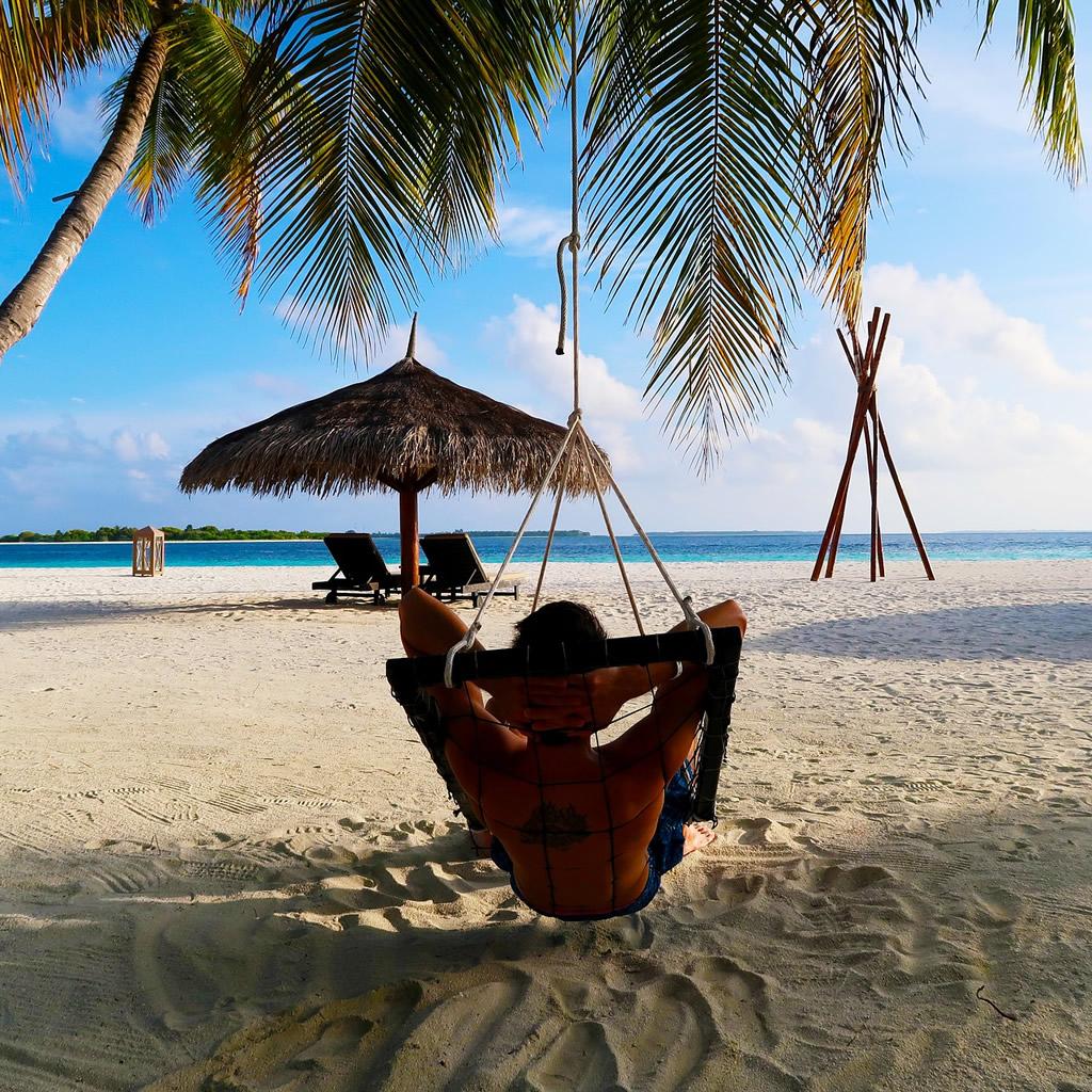 Neodolateľná ponuka: Celoročný pobyt v raji na Maldivách